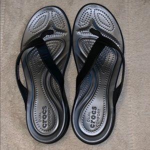 CROCS Dual Comfort gray + black flip flops